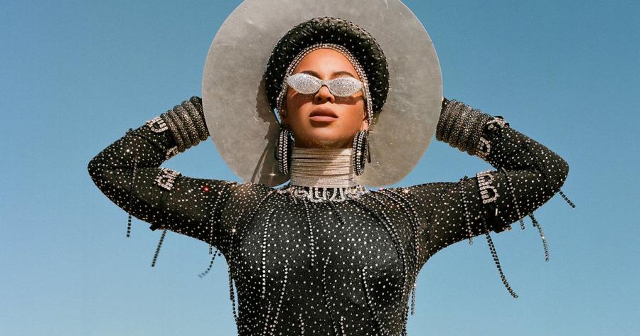 """Ancestralidade e história: As referências de Beyoncé em """"BLACK IS KING"""""""