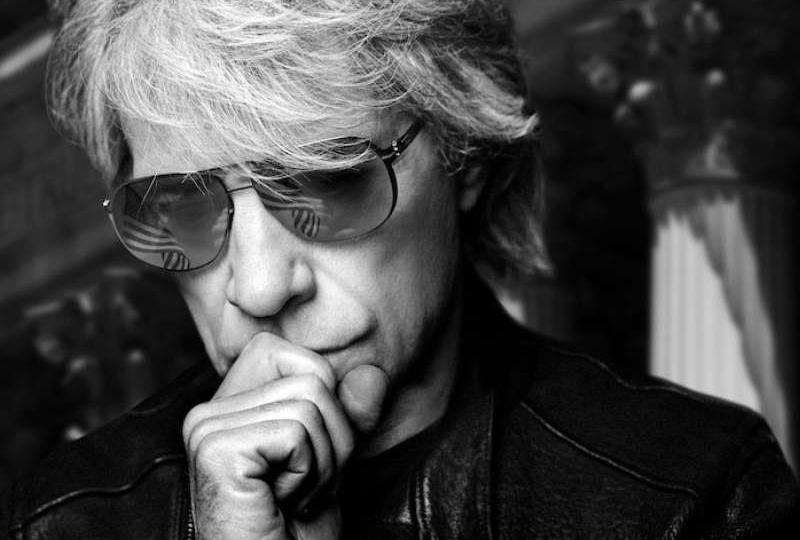 "Bon Jovi aposta em álbum honesto, mas entrega monotonia em ""2020"""